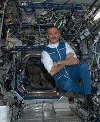 23 unforgettable moments from astronaut chris hadfield